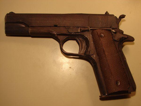 1/1 colt 1911 .45 acp